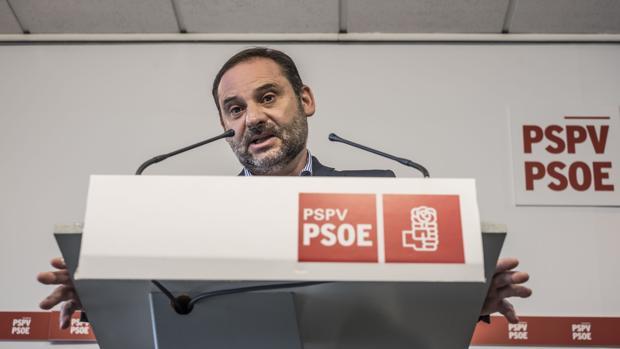 José Luis Ábalos, en la sede de Blanquerías del PSPV