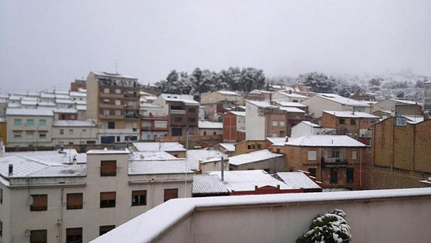 Nieve en el municipio de Bañeres (Alicante) este viernes