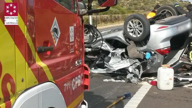 Imagen de la intervención de los Bomberos en el accidente