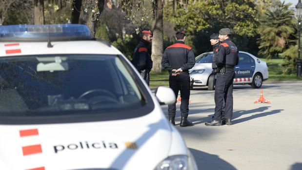 Una patrulla de los Mossos d'Esquadra en una foto de archivo