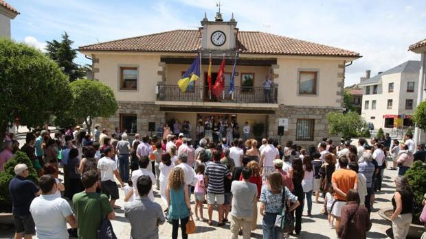 La fachada del Ayuntamiento de Torrelodones