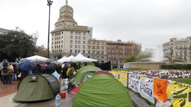 El campamento de los independentistas en el centro de Barcelona