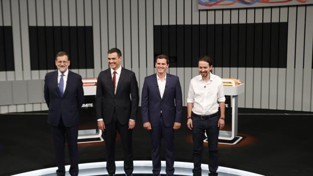 Los cutro líderes en el único debate que han mantenido hasta ahora