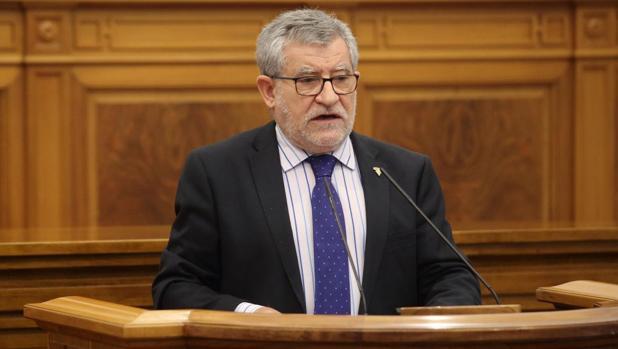 Ángel Felpeto, en las Cortes de Castilla-La Mancha
