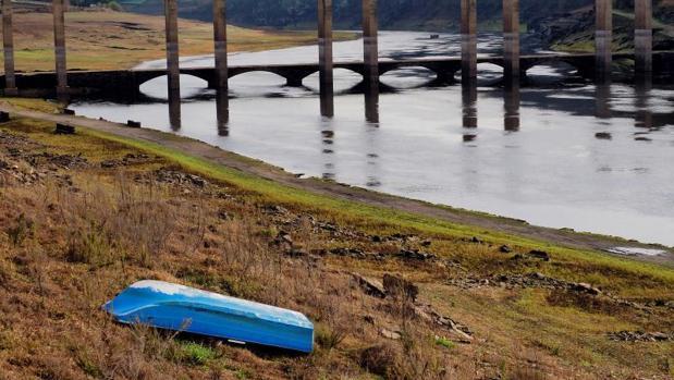 Situación del embalse de Portomarín, en Lugo, el pasado mes de diciembre