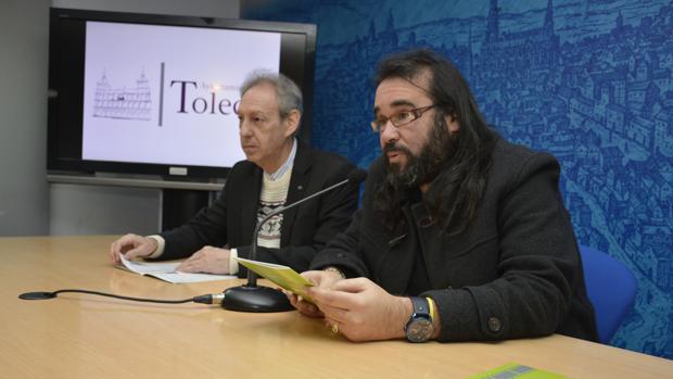 José María González y Gabriel Castaño durante la presentación del programa del Cineclub municipal