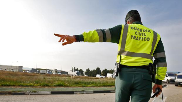 Imagen de archivo de la Guardia Civil en las carreteras valencianas