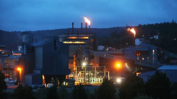 Factoría de Ferroatlántica en Cee (La Coruña)