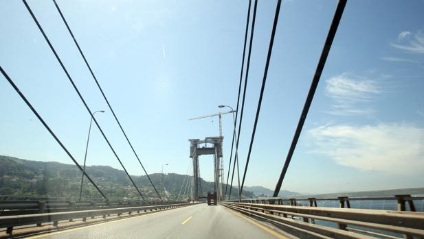 Carriles centrales del Puente de Rande, en una imagen de archivo