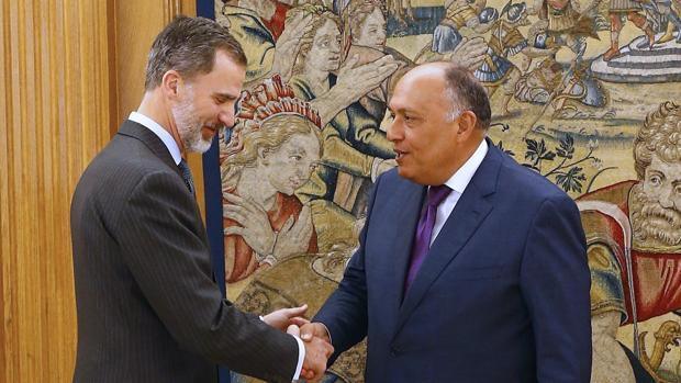 El Rey Felipe VI recibe en audiencia al ministro egipcio de Asuntos Exteriores, Sameh Shoukry