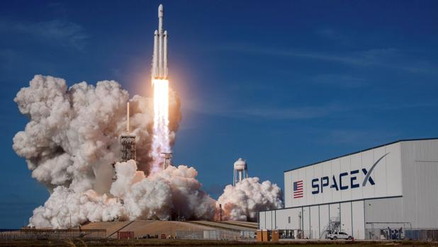 Despegue del Falcon Heavy de Spacex