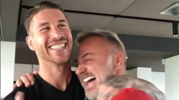 Sergio Ramos y Gianluca Vacchi, en la Ciudad Deportiva de Valdebebas