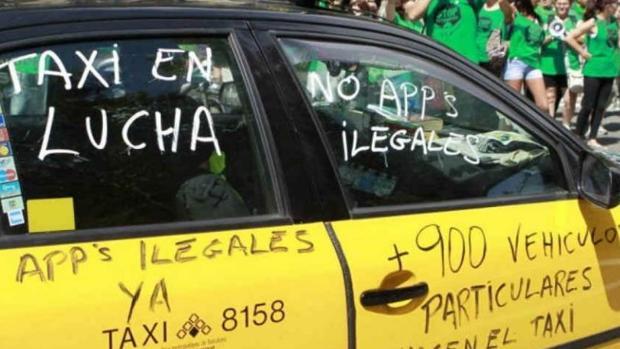 Imagen de una protesta de los taxistas en Barcelona