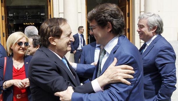 Juan José Lucas y Alfonso Fernández Mañueco en una imagen de archivo