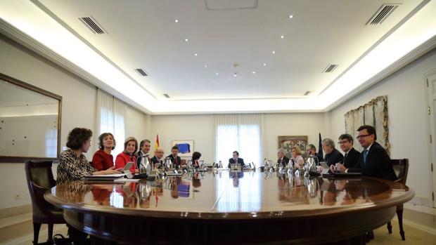 Rajoy ha presidido el Consejo de Ministros, en el que ha participado por primera vez Román Escolano