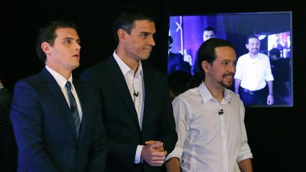 Albert Rivera, Pedro Sánchez y pablo Iglesias durante un debate en 2015