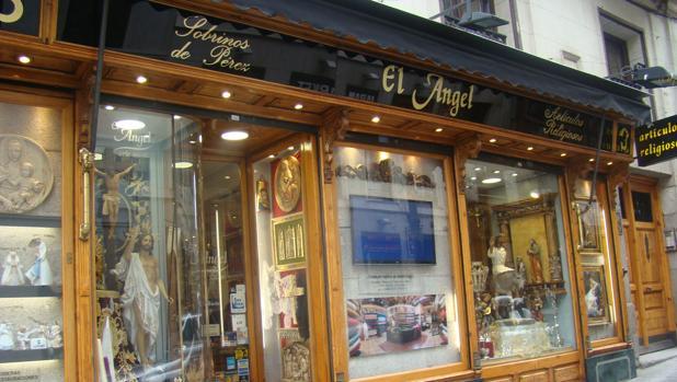 El Ángel abrió en el local de una antigua mercería con el mism o nombre