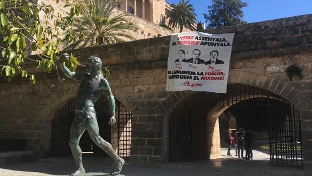 Imagen del cartel colocado en las calles de Palma