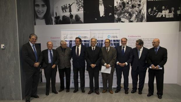 Imagen de los principales asistentes al evento