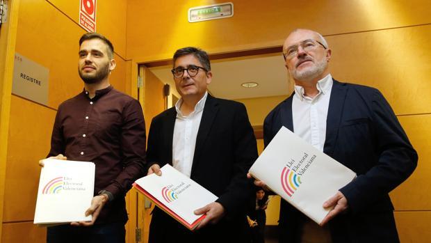 Compromís, PSPV y Podemos presentan su propuesta de reforma de ley electoral