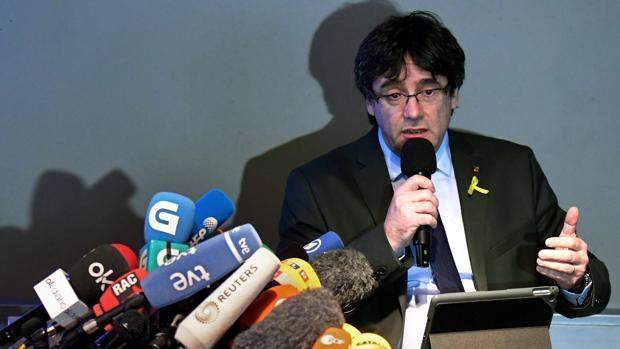 Puigdemont, durante una rueda de prensa en Berlín