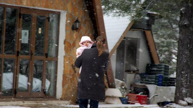 Imagen de archivo de una nevada en la localidad castellonense de Fredes
