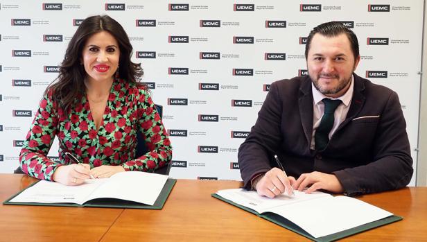 La rectora de la UEMC y el presidente de Cermi, esta mañana en la firma del acuerdo