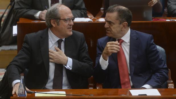 Ángel Gabilondo y José Manuel Franco, portavoz y portavoz adjunto del grupo socialista en la Asamblea de Madrid