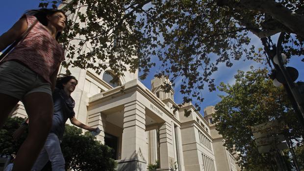 Imagen de archivo del Rectorado de la Universitat de València