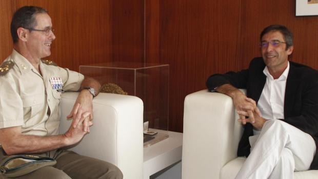 El gebneral Carlos Palacios Zaforteza y Pedro San Ginés