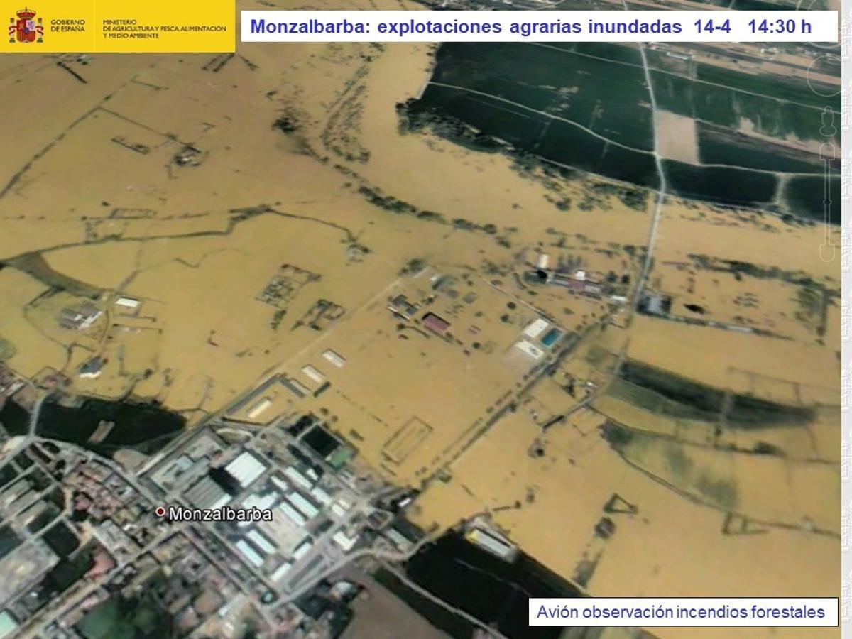 Monzalbarba:_explotaciones agrarias inundadas