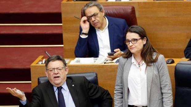 Puig y Oltra en las Cortes Valencianas