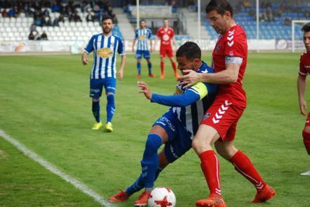 Foto de archivo del partido que la semana pasada el CF Talavera ganó a la Gimnástica Segoviana por 3-0 en «El Prado»