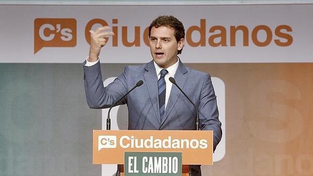 Albert Rivera, líder de Ciudadanos, durante un mitin en Sevilla