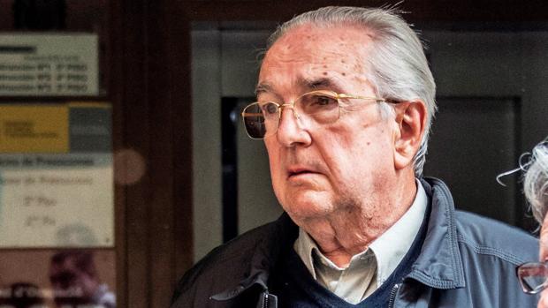 La magistrada atribuye al hombre inicialmente un presunto delito de homicidio