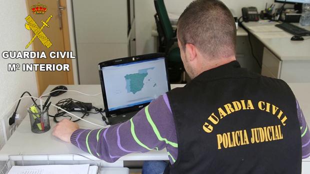 Imagen del operativo de la Guardia Civil