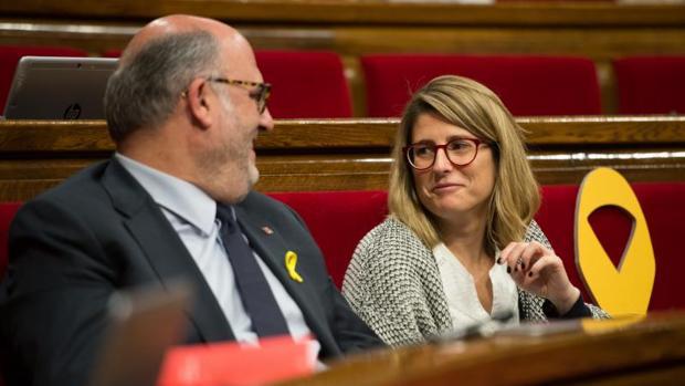 Eduard Pujol y Elsa Artadi, de JpC, el pasado viernes en el Parlament