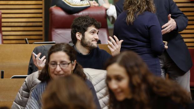Antonio Estañ, en las Cortes Valencianas