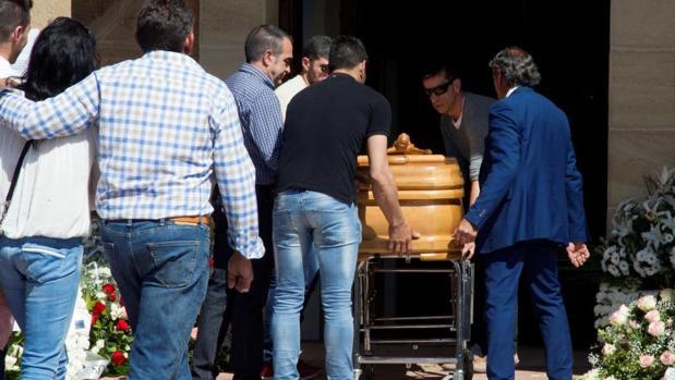 Funeral en Tábara de la fallecida Leticia Rosino