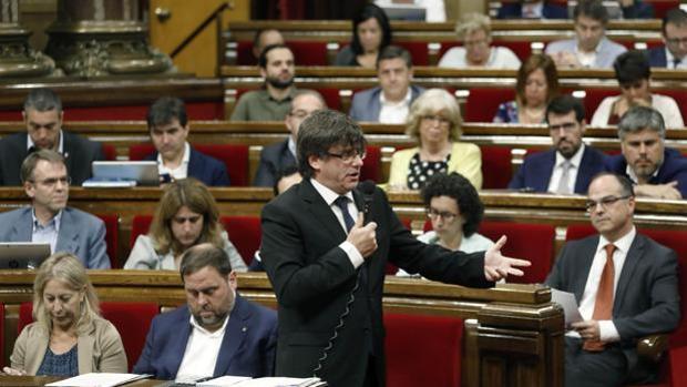 Sesión de control al president Puigdemont en el Parlament