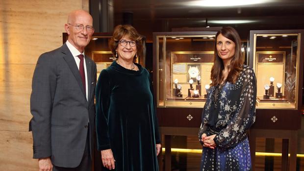 John Bergotti director general de Patek Philippe en España, Andorra y Portugal, Priscilla Newman, propietaria y fundadora de The Watch Gallery y Lee Steinfeldt, nuera y sucesora de Priscilla Newman.