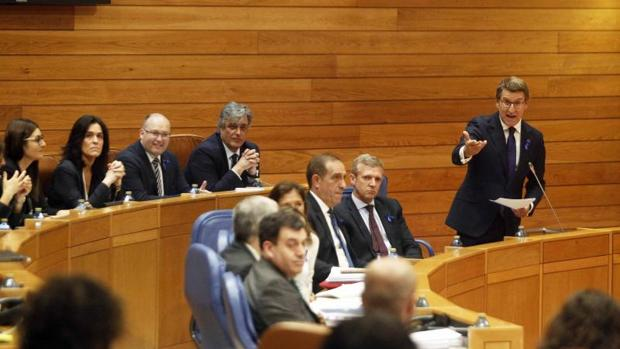 El presidente de la Xunta, Alberto Núñez Feijóo esta mañana durante la sesión de control en el Parlamento