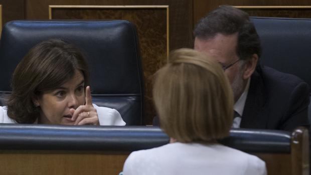 Mariano Rajoy, Soraya Sáenz de Santamaría y María Dolores de Cospedal