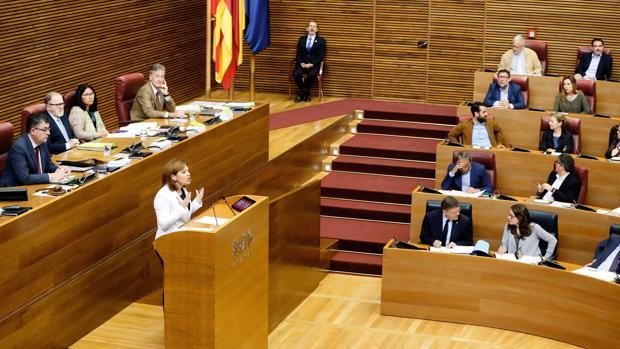 Imagen de la intervención de Bonig ante Puig y Oltra tomada este jueves en las Cortes Valencianas
