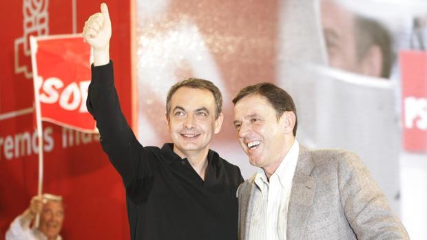 José Luis Rodríguez Zapatero y Joan Ignasi Pla, durante un mitin en Valencia