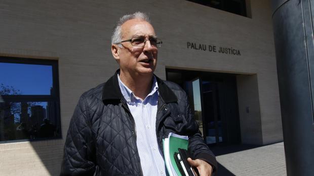 El exalcalde de Benidorm Agustín Navarro