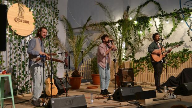 El grupo Club del Río, en la inauguración de Casa Corona Valencia