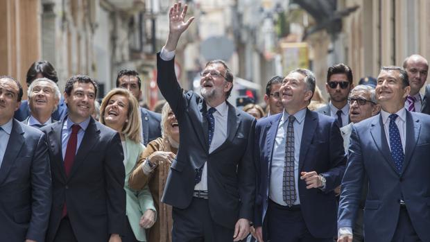Mariano Rajoy, ayer, tras un acto por el 150 aniversario del «Diario de Cádiz»