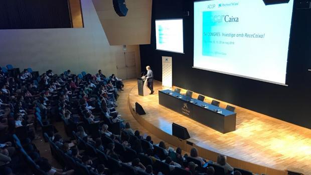 Inauguracón de la quinta edición de «Investiga amb RecerCaixa!» en CosmoCaixa