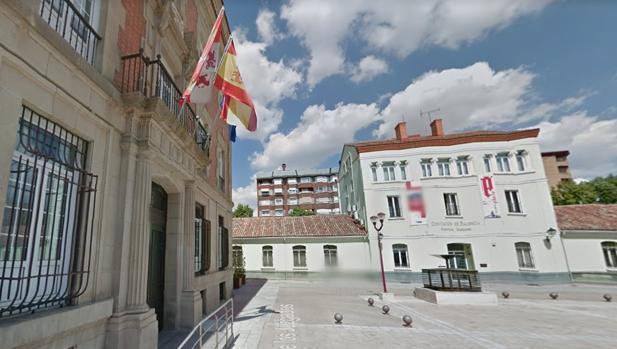 Fachada de la Audiencia Provincial de Palencia